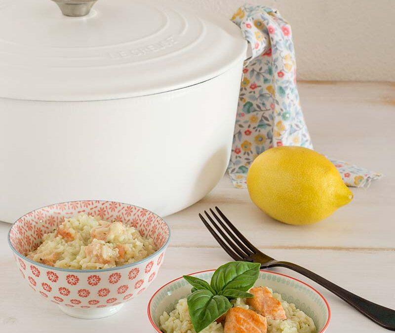 arroz cremoso con salmón y un toque de albahaca y limón